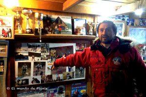 Hugo Flores, paseo en trineo en Ushuaia