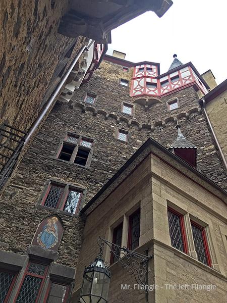 Castillo Elzt construccion hacia arriba Mr FIlangie